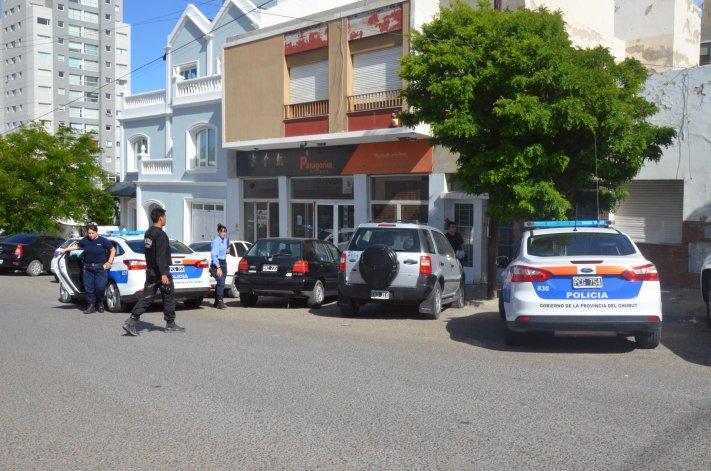 La policía logró rescatar a una mujer que denunció que estaba retenida en una vivienda de Ameghino 896.