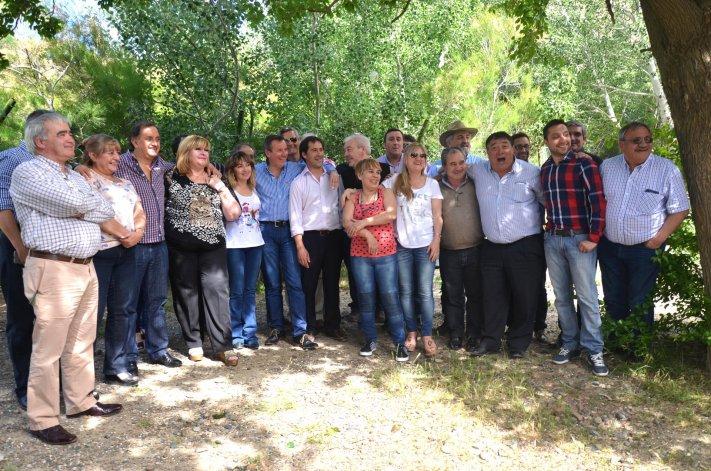 Linares y Luque encabezaron la reunión de transición municipal.