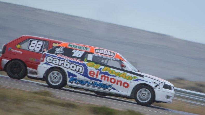 La Fórmula Gol 1.6 es una de las cinco categorías de pista que tiene el automovilismo chubutense.