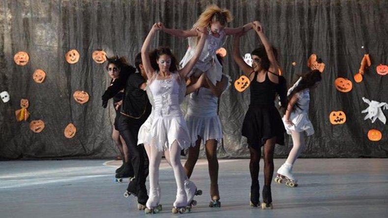Se presentarán coreografías grupales representativas de distintas décadas.