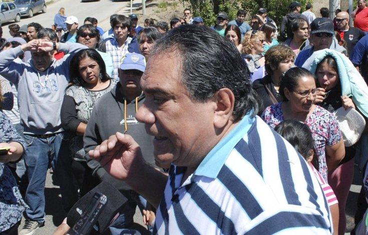 Trabajadores municipales de planta permanente avalaron el acta acuerdo y hoy levantan el paro