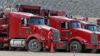 Halliburton evalúa dejar de prestar servicios en Chubut.