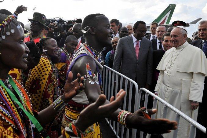 El papa Francisco llegó a Kenia