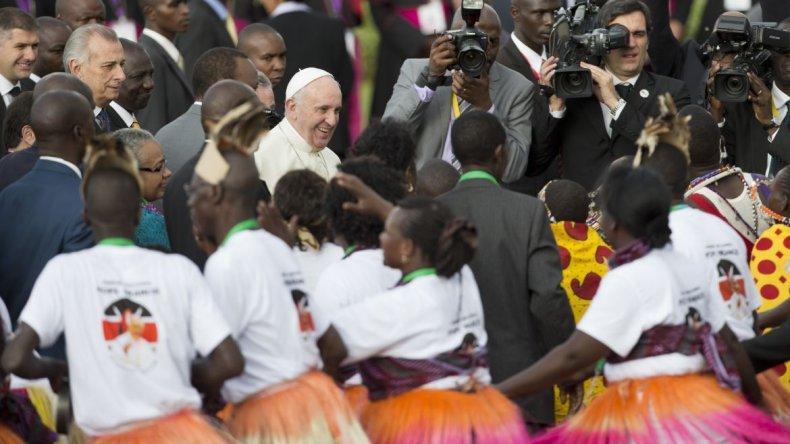 El Papa pidió promover modelos responsables de desarrollo