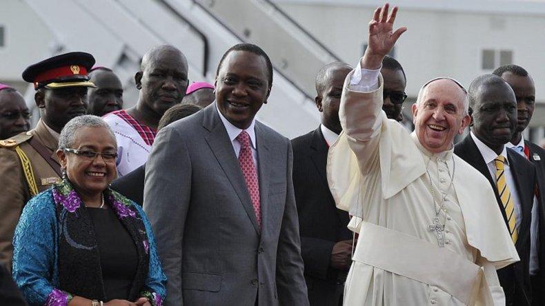 Francisco fue recibido por Uhuru Kenyatta