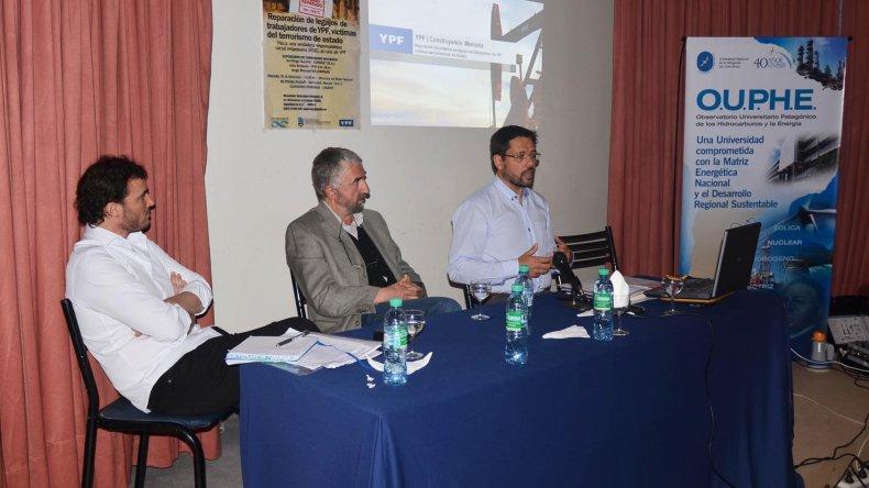 Investigadores de YPF y CONICET expusieron un informe sobre trabajadores de la empresa petrolera que fueron víctimas de la represión en los 70.