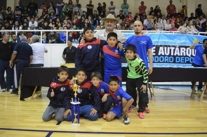 Laprida y Municipal Km 5 campeones de la Liga Municipal