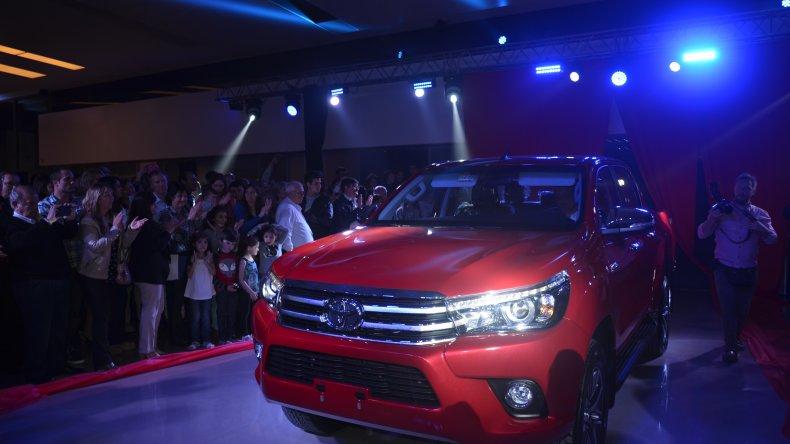 Toyota presentó su nuevo modelo. Foto: Norberto Albornoz / El Patagónico.
