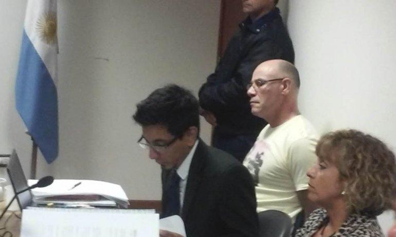 Los jueces y las partes inspeccionaron  la casa donde se cometió el triple crimen