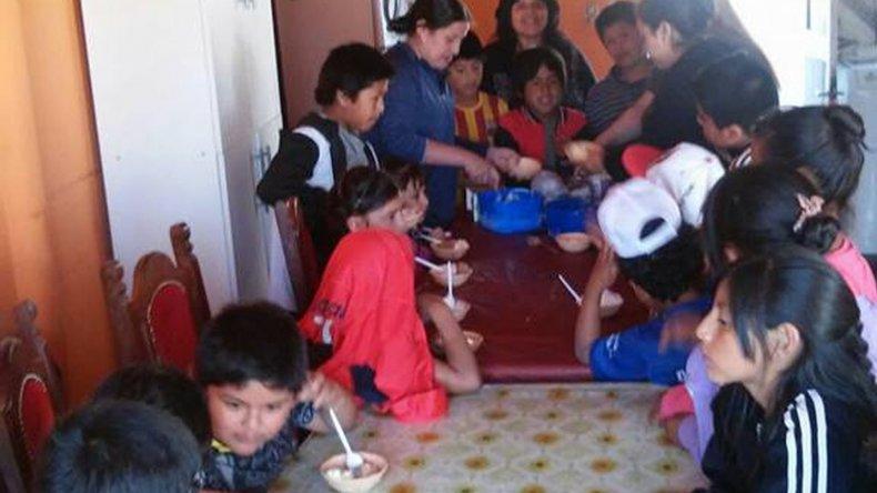 Piden alimentos para que 40 niños tengan su fiesta de Fin de Año