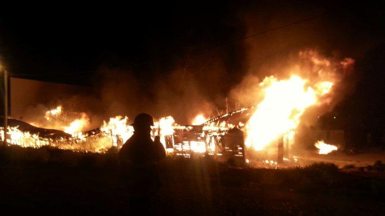 Un hombre murió quemado en  una vivienda de Kilómetro 8