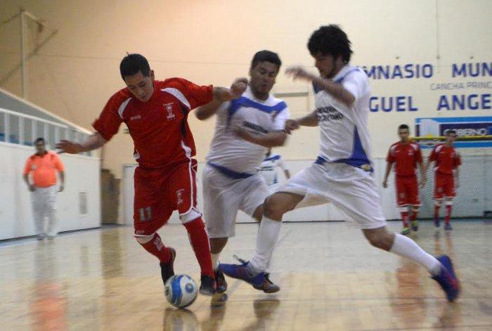 Esta tarde continuará toda la definición del torneo Clausura de fútbol de salón.