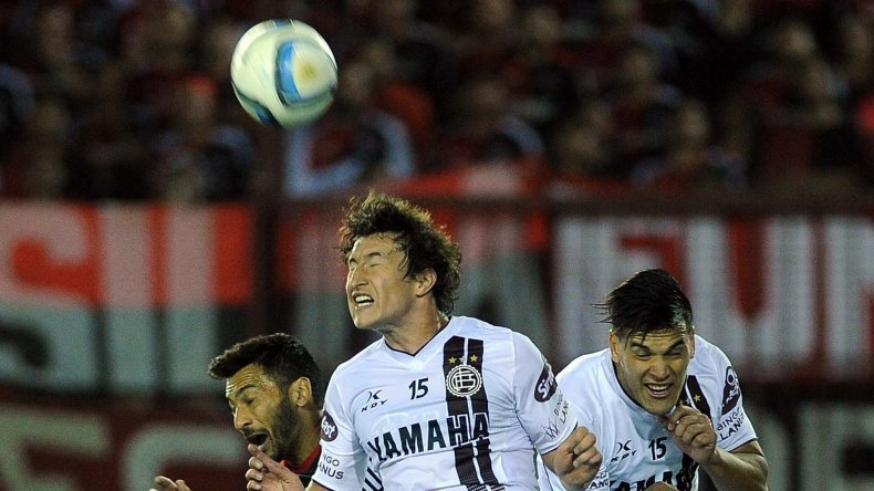 Nicolás Aguirre viene de marcarle un gol a Newells.