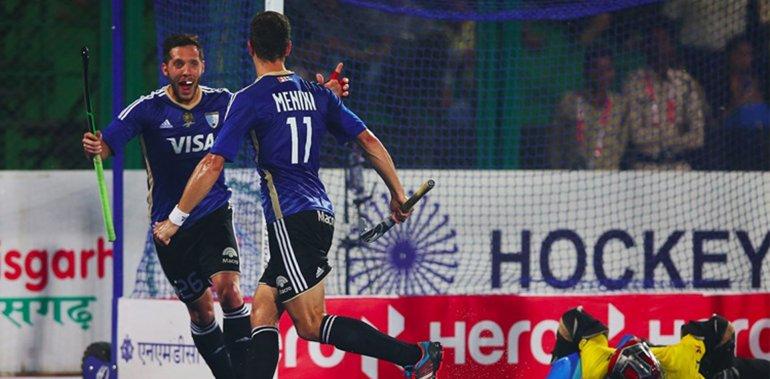 La selección argentina de hóckey sobre césped masculino debutó con una victoria en la fase final de la Liga Mundial.