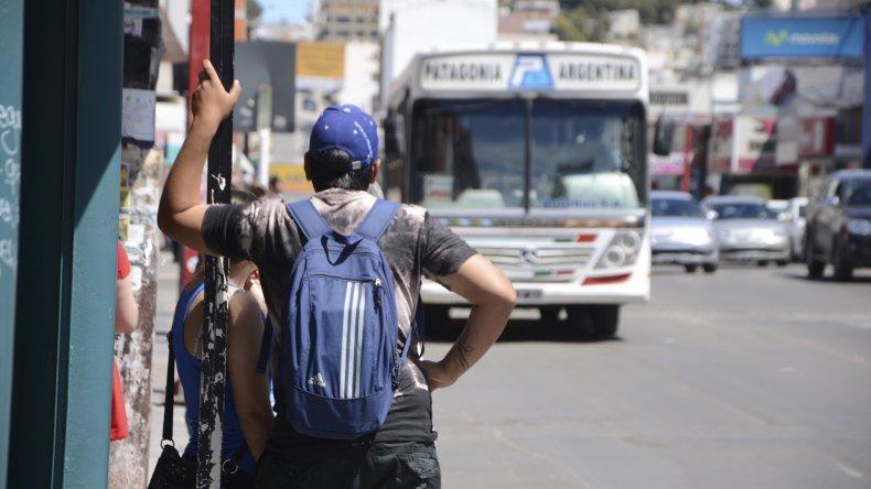 Impulsarán una tarifa única para combinar varios transportes