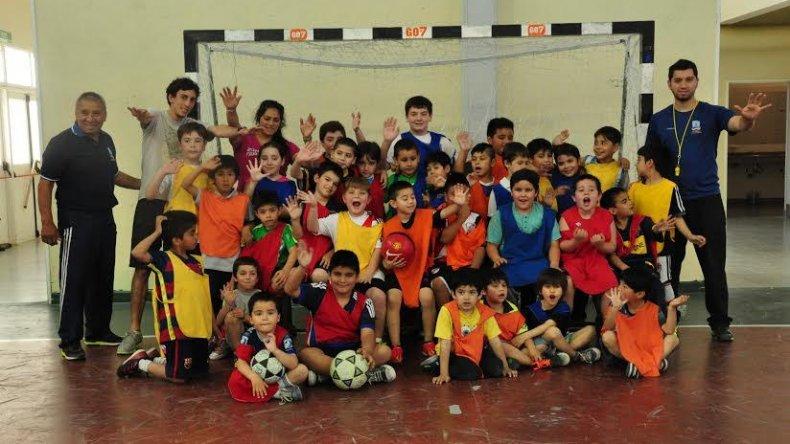 El básquet y fútbol infantil de Palazzo tuvo su cierre de fin año