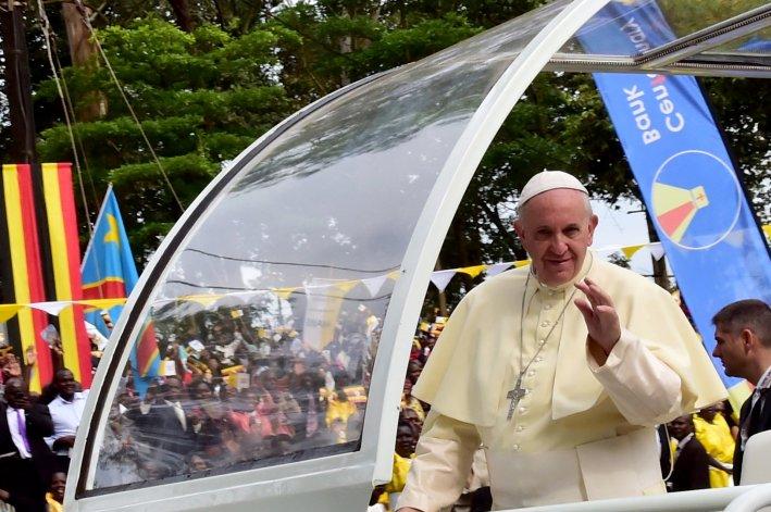 El papa Francisco en el Santuario de Namugongo Mártires.