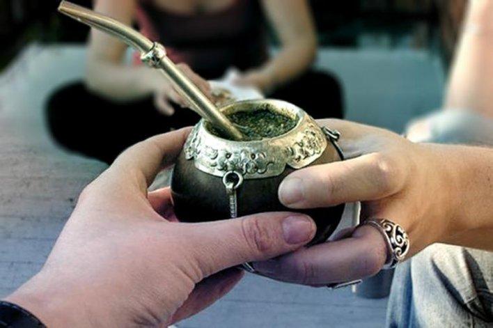 Tradición y salud se celebran en el día del mate.