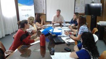 El ministro de Salud, José Manuel Corchuelo Blasco, comunicó los objetivos de la resolución a la comisión permanente de Interpretación de la Carrera Sanitaria en Rawson.