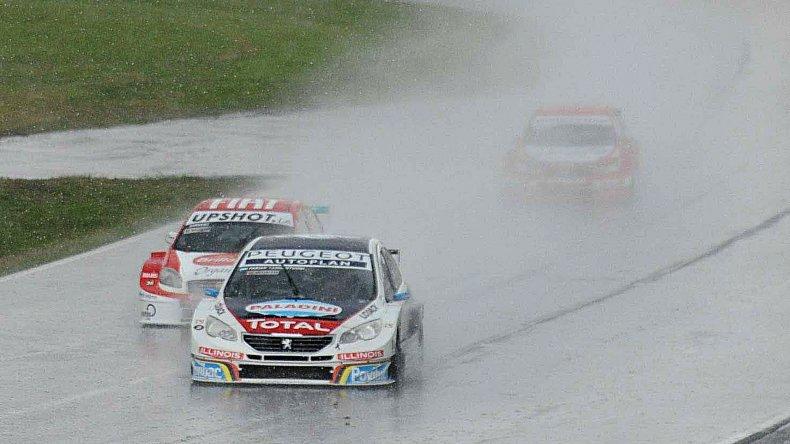 Fabián Yannantuoni se quedó con una gran victoria en la penúltima fecha del campeonato de Super TC2000.