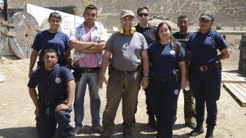 A pocos días de su asunción, el futuro jefe de policía (centro) participó de un concurso de tiro en Comodoro Rivadavia.