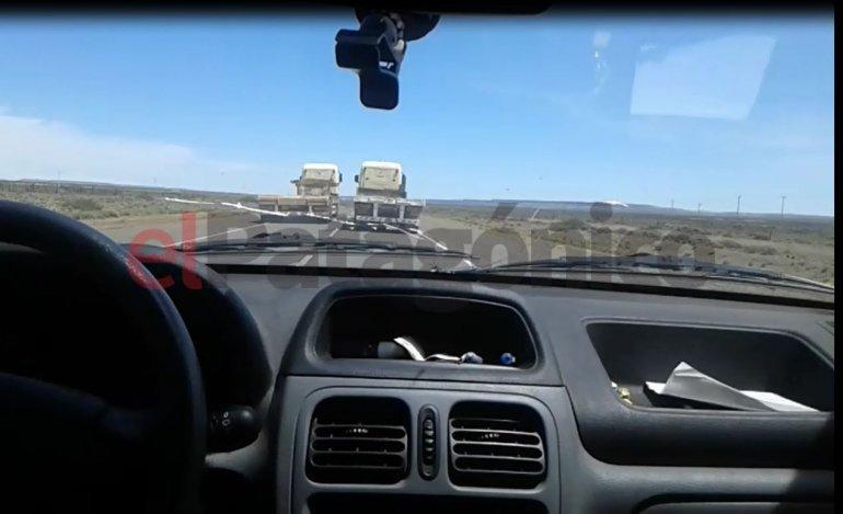 Peligrosa maniobra de un camionero camino a Sarmiento