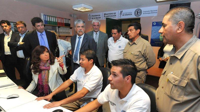 La Presidente en Pilcaniyeu donde se inauguró la planta enriquecedora de uranio.