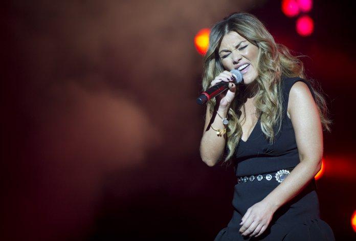 Amaia Montero, la ex vocalista de la Oreja de Van Gogh se presenta en Comodoro