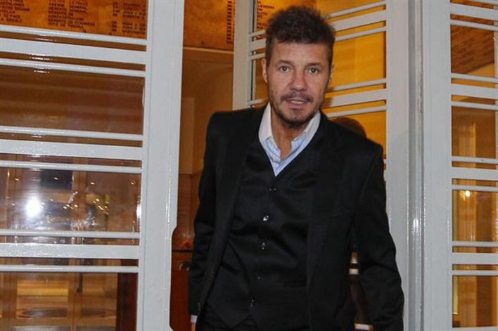 Marcelo Tinelli llega desde los medios de comunicación para intentar ponerle fin a la era Grondona.
