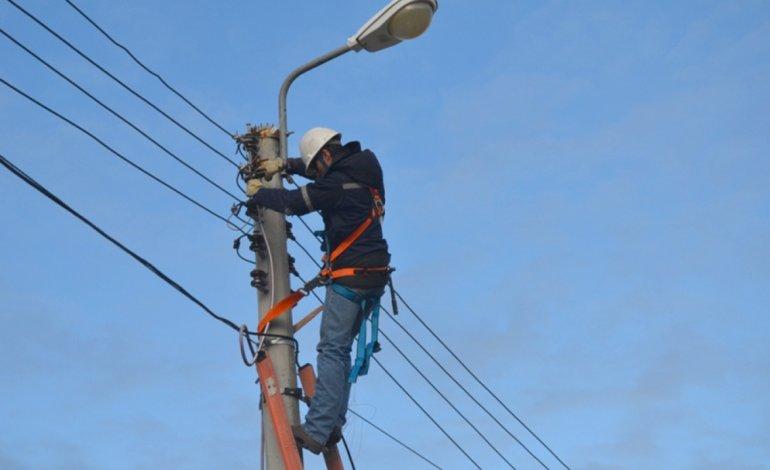 La medida aprobada por la Legislatura comprende a los distintos servicios esenciales de Chubut.