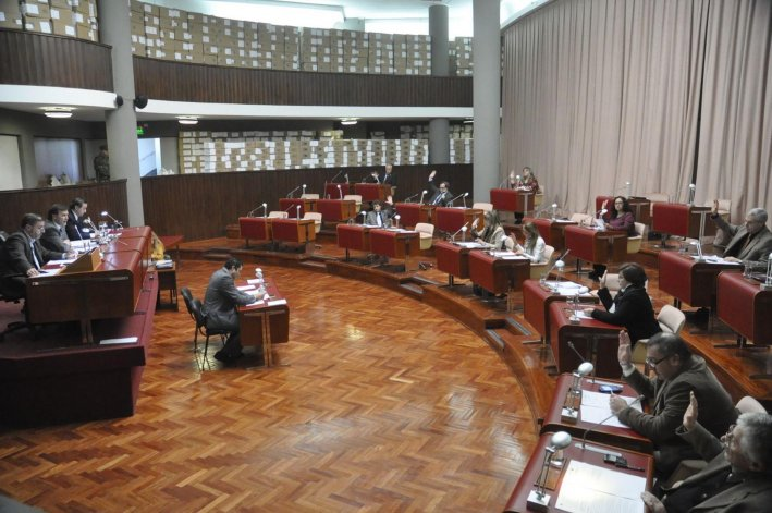 Se aprobó la Ley  de Ministerios y la emergencia se  trata el miércoles