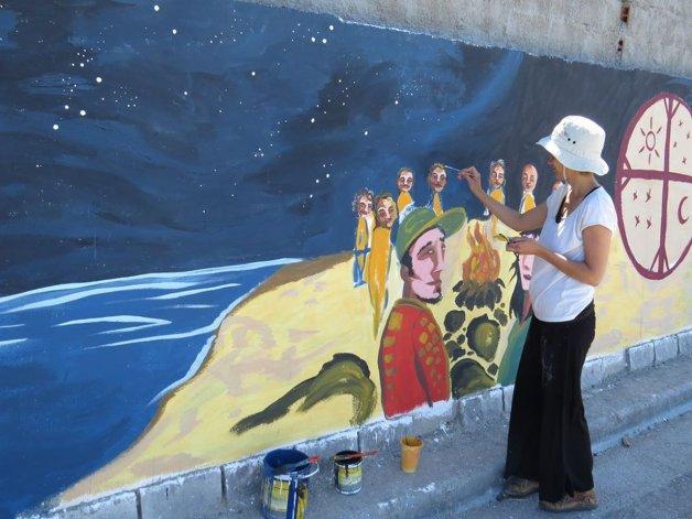 Murales llenaron de arte y color a Caleta Córdova