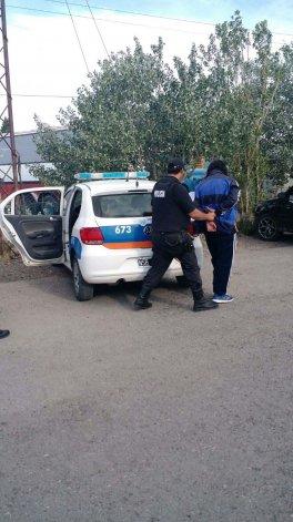 Leonardo Carter otra vez preso. En junio del 2012 los vecinos se reunieron con autoridades para echarlo del barrio por sus robos y andanzas.