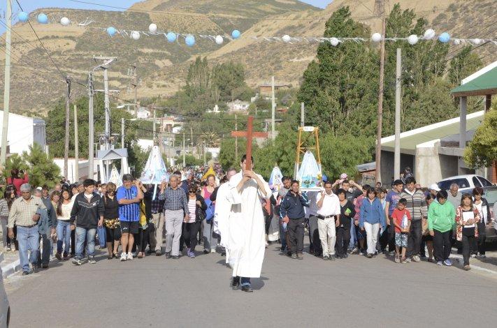 Como cada 8 de diciembre los fieles recorrerán esta tarde las calles de Laprida y alrededores.