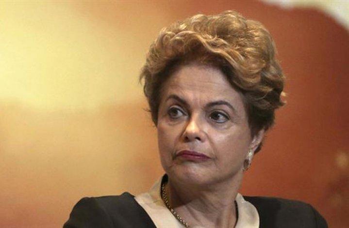 El juicio contra Dilma fue suspendido por el máximo tribunal judicial del país.