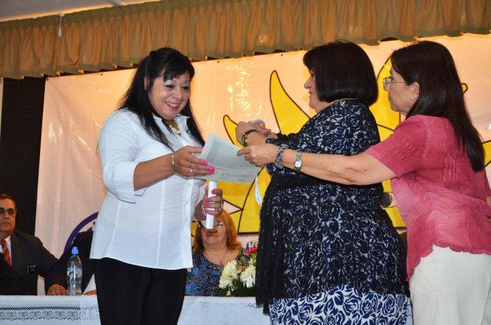 La entrega de diplomas de los estudiantes del Instituto de Docencia