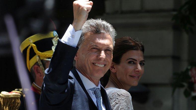 Macri viajará a Davos con un dirigente de la oposición