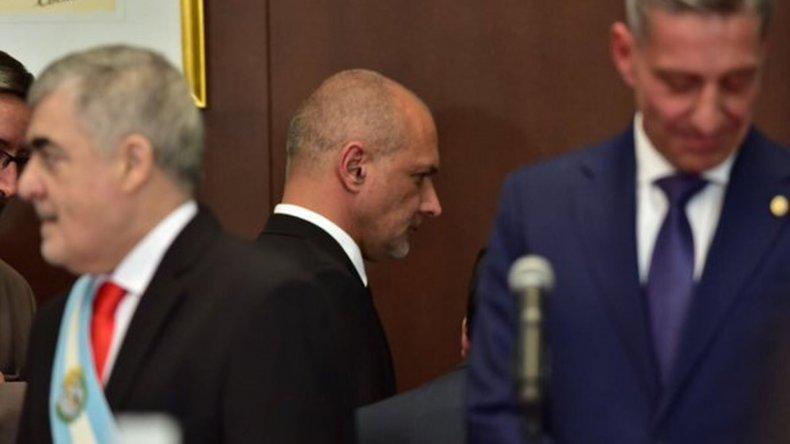Buzzi le deseó éxitos a Mario Das Neves