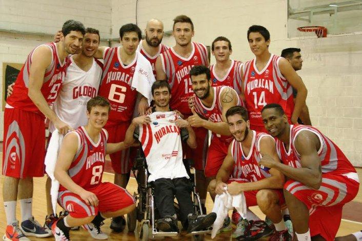 Huracán de Trelew volvió a sonreír en el gimnasio Atilio Viglione.