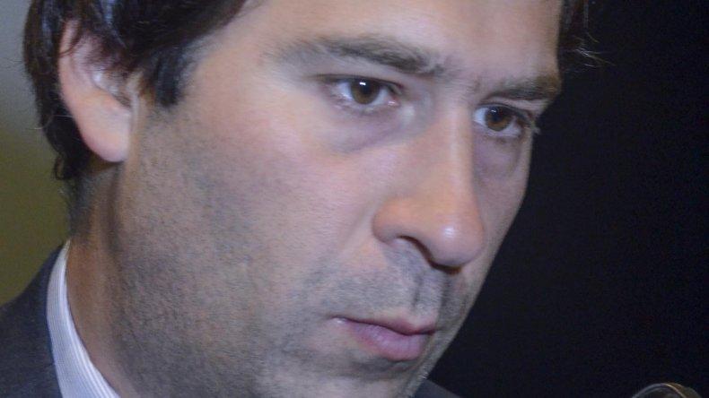 El viceintendente Juan Pablo Luque acompañó a Luis Juncos en la jura como intendente.