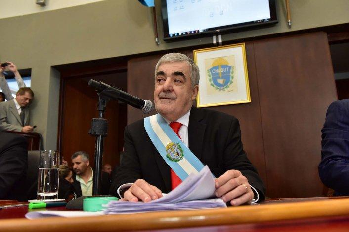 Das Neves dio de baja el veto a la Ley de Emergencia Económica