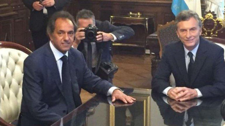 ¿De qué hablaron Macri y Scioli en Casa Rosada?