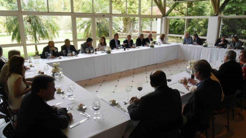Reunión con gobernadores: Macri apuesta al equilibrio en la definición de los ingresos