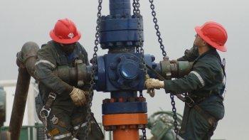 La baja de precios internacionales se traduce en la cuenca en la baja de equipos de las principales operadoras.