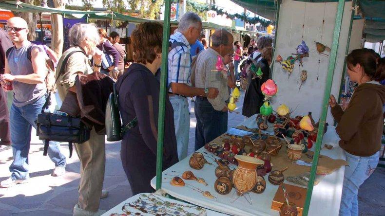 El Encuentro de Artesanos es uno de los más importantes a nivel nacional y en el que se exponen y venden artesanías.