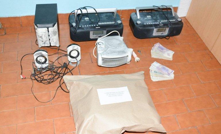 La totalidad de los elementos que los delincuentes habían sustraído de un instituto fueron recuperados por los efectivos policiales.