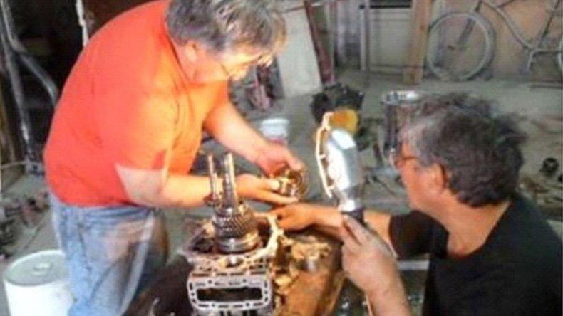 Ajustando tuercas: Anselmo Montes volvió a su taller