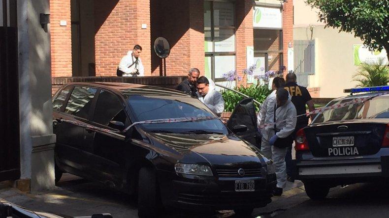 El sospechoso fue interceptado por la policía cuando intentaba escapar.