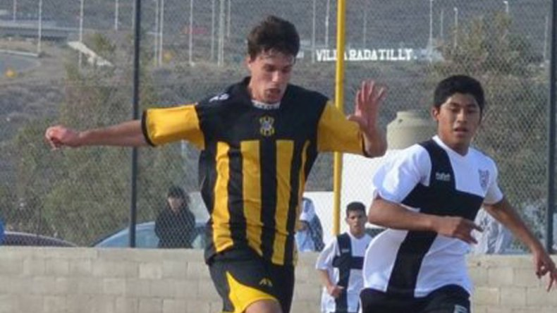 Vladimir Covalschi es el goleador del club Rada Tilly