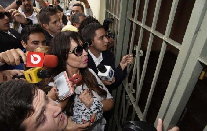 Moria Casán complicada en Paraguay: se declaró adicta